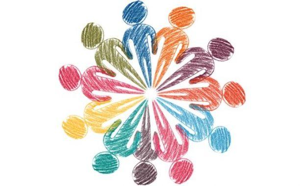 Die Illustration zeigt abstrahierte Menschen, gemalt mit Buntstiften in verschiedenen Farben, die im Kreis angeordnet sind.